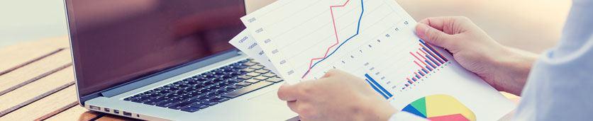 إعداد القوائم المالية والتقرير المالي السنوي  دورات تدريبية في دبي