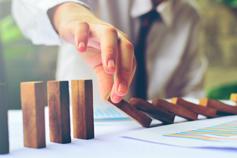 إدارة استمرارية الأعمال: المعايير، والخطط والأنظمة (باللغة العربية)