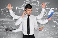 إدارة المهام المتعددة وترتيب الأولويات والالتزام بالمواعيد النهائية